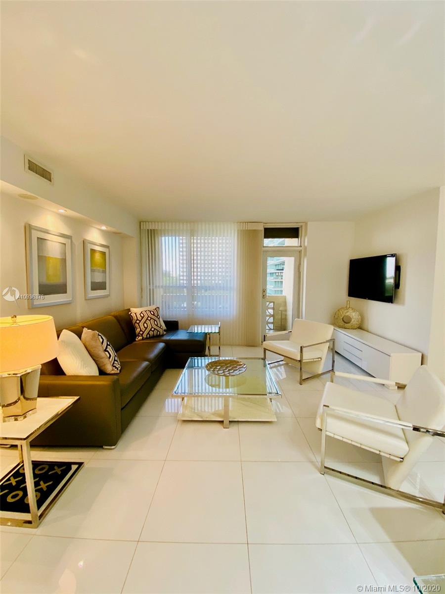 10185 Collins Ave #601 photo015