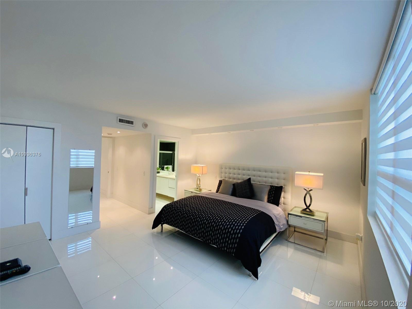10185 Collins Ave #601 photo025