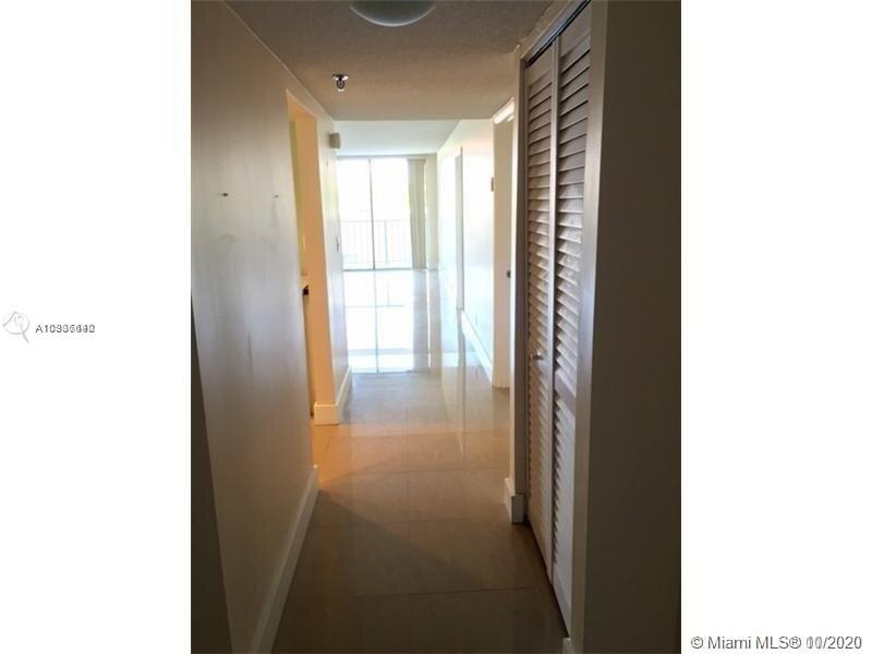 2625 Collins Ave #409 photo07