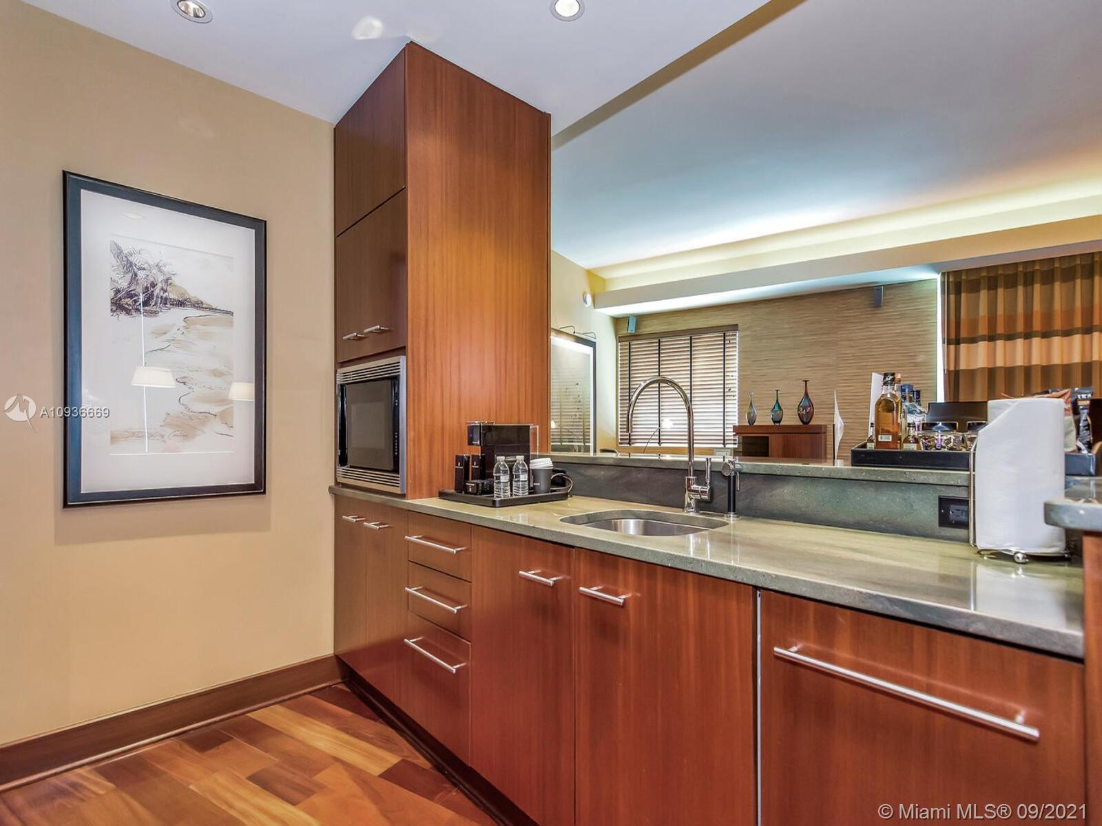 10295 Collins Ave #610 photo022