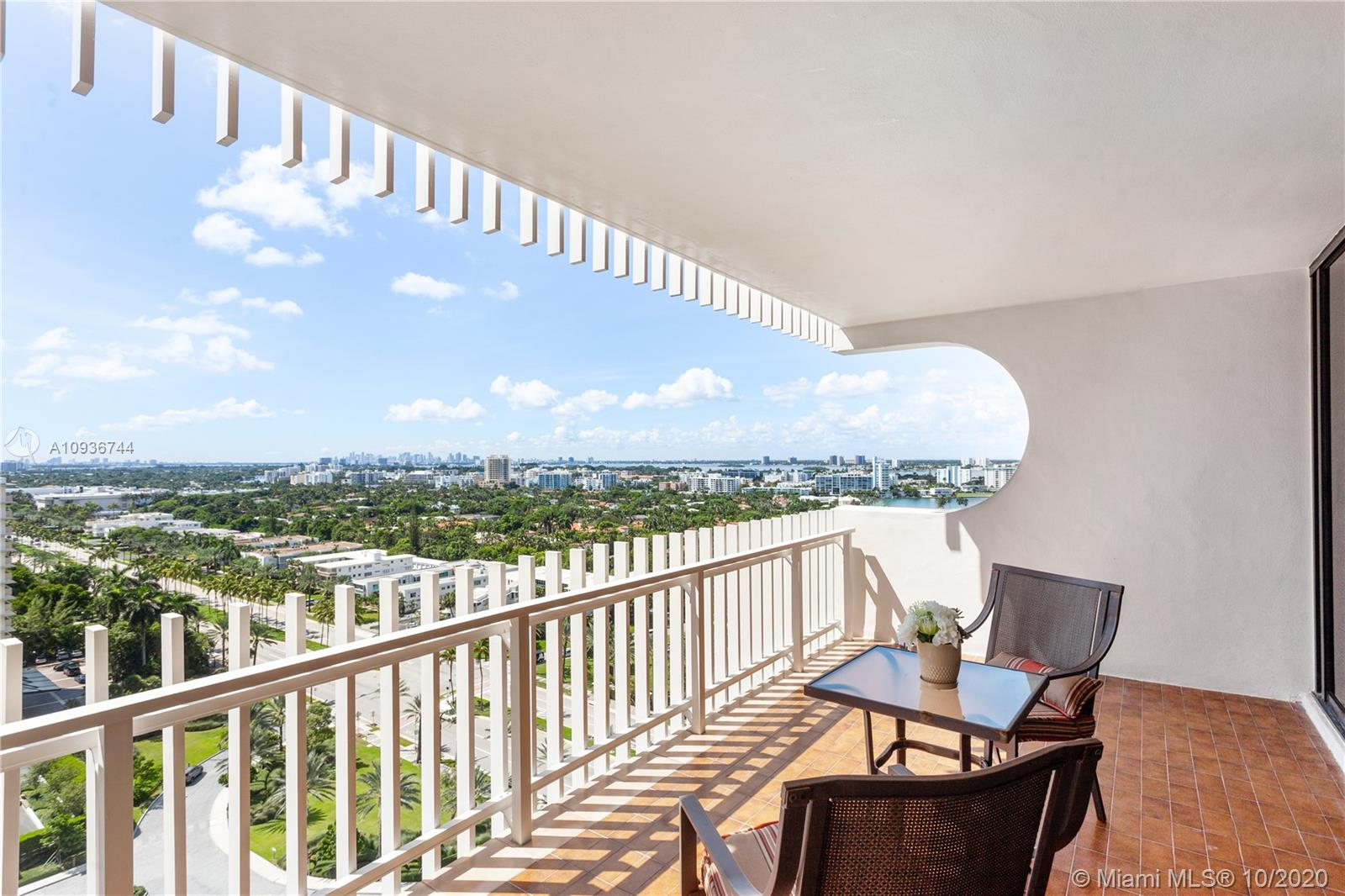 10205 Collins Ave #1601 photo013