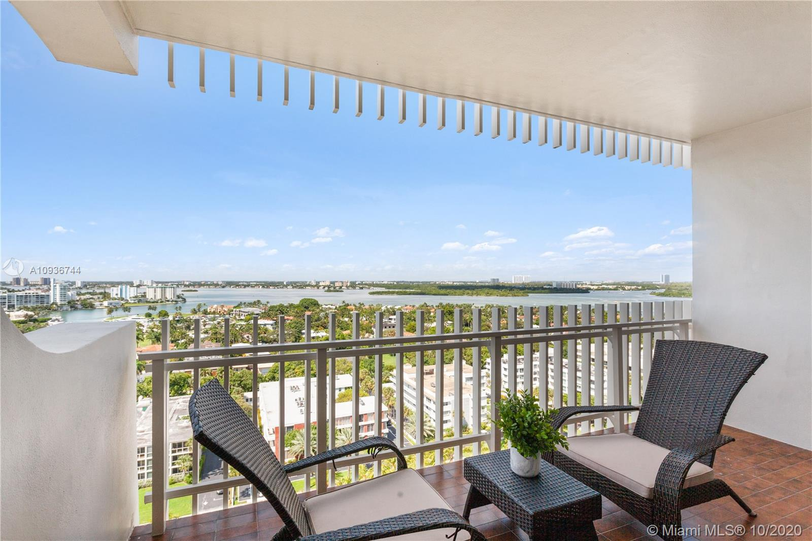 10205 Collins Ave #1601 photo014