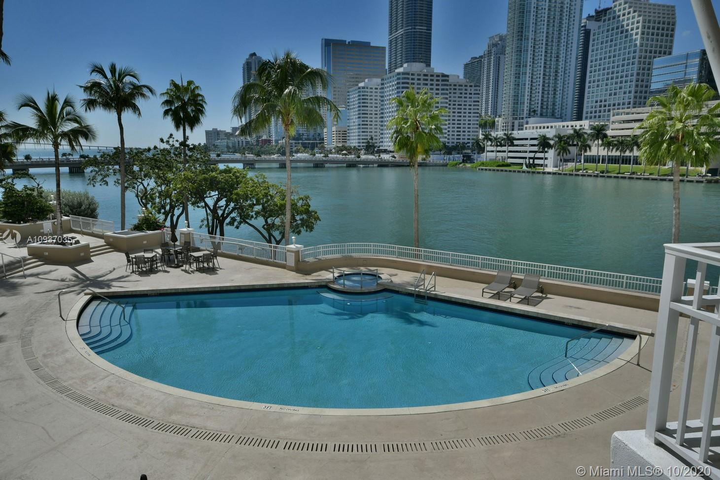 701 Brickell Key Blvd #1012 photo02