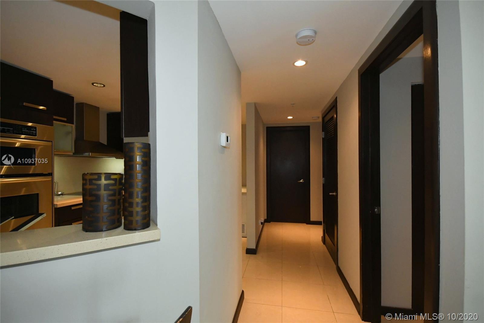 701 Brickell Key Blvd #1012 photo05
