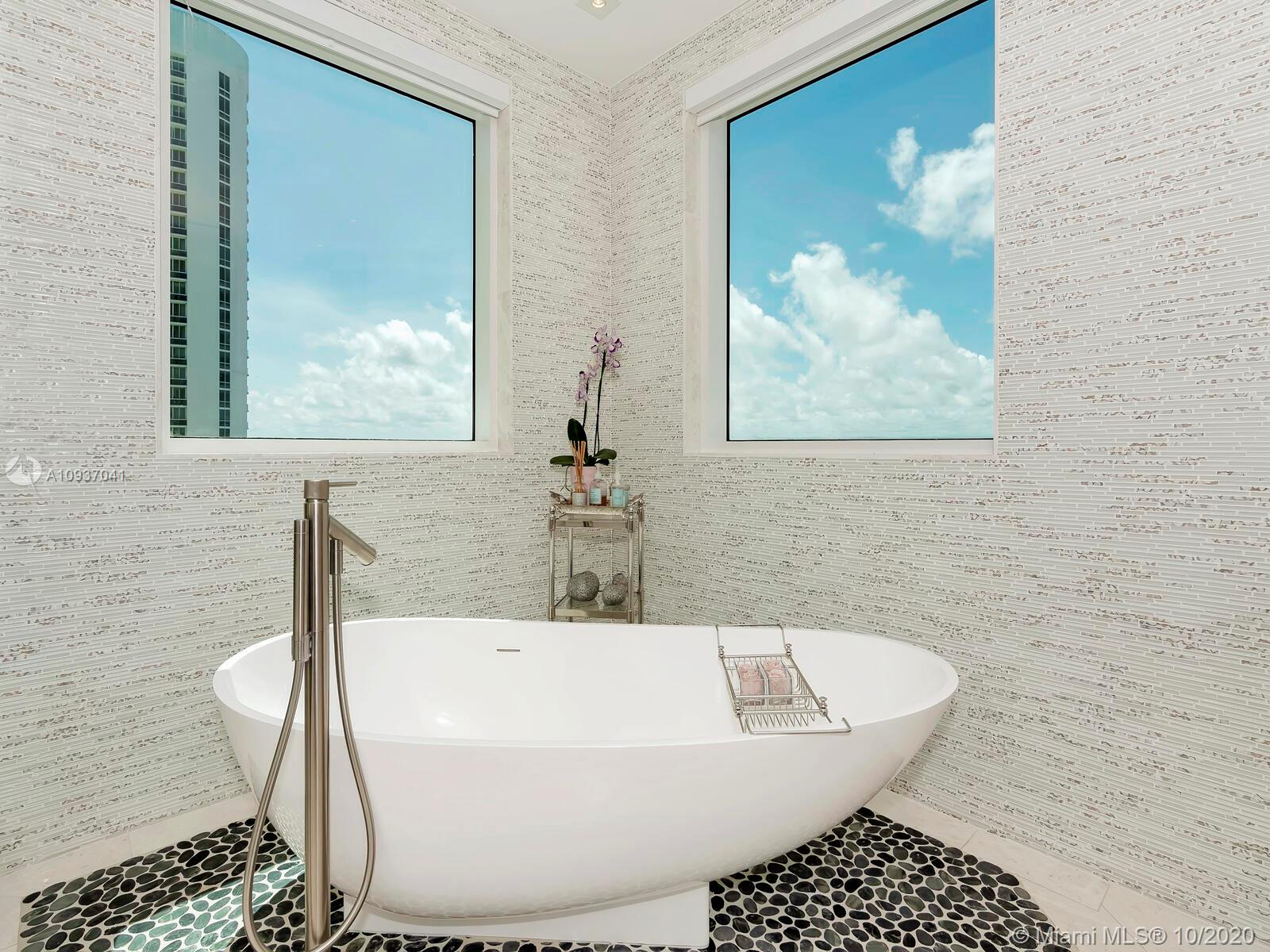 16051 Collins Ave #2701 photo017