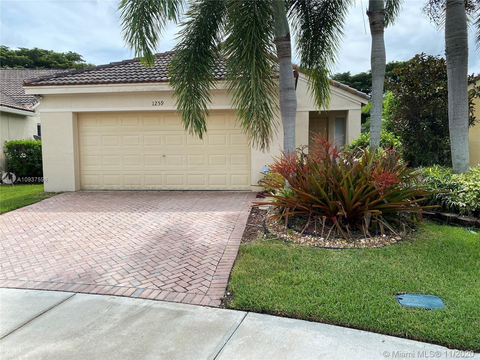 Weston - 1259 Sabal Trl, Weston, FL 33327