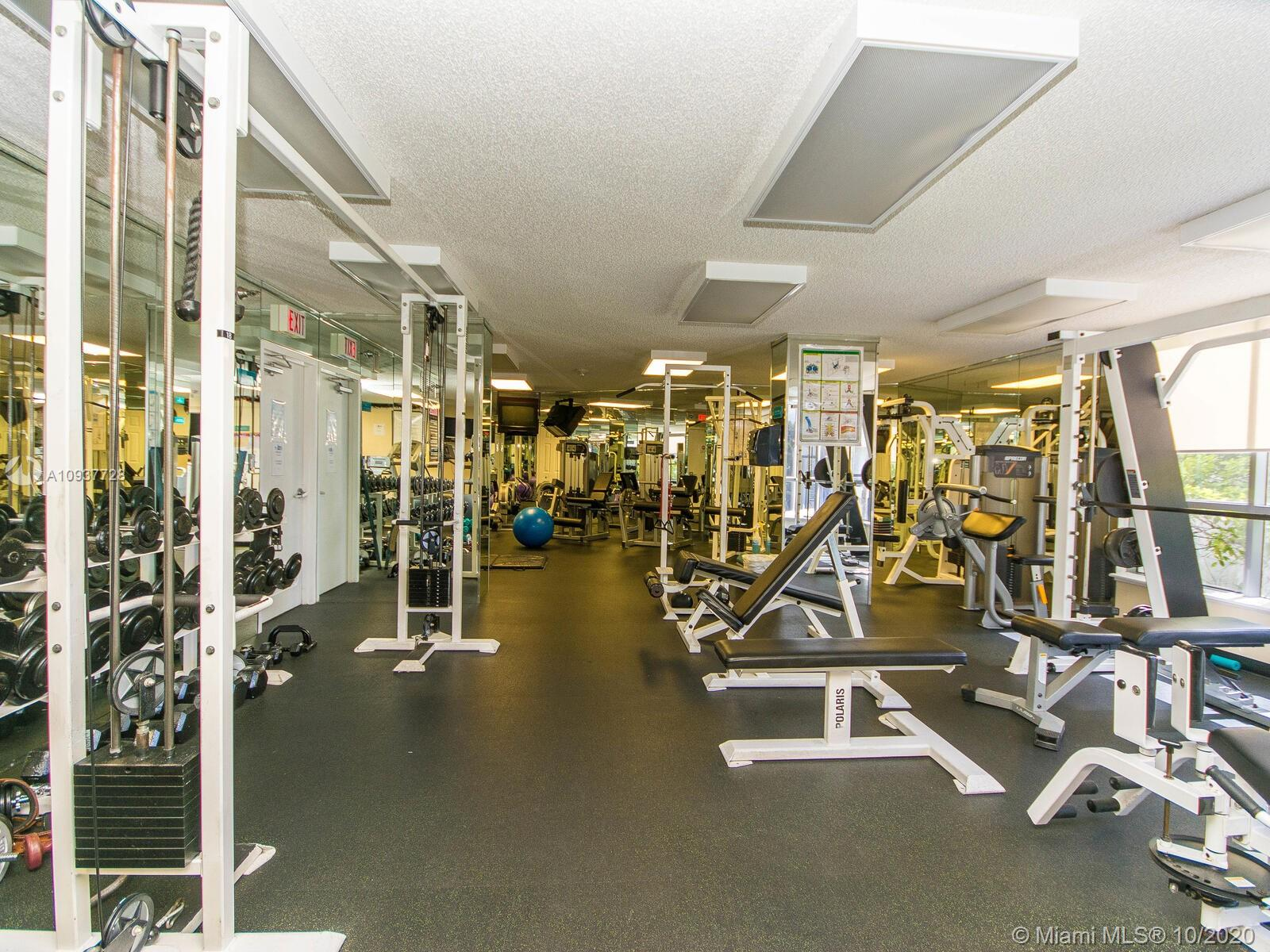 Photo of 3530 Mystic Pointe Dr #3014 listing for Sale