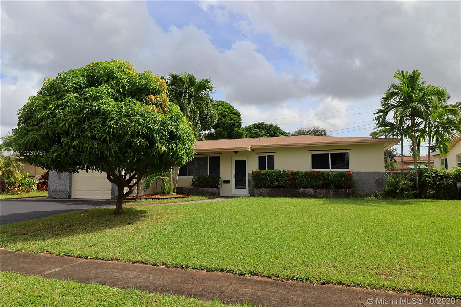 Boulevard Heights - 721 NW 78th Ave, Pembroke Pines, FL 33024