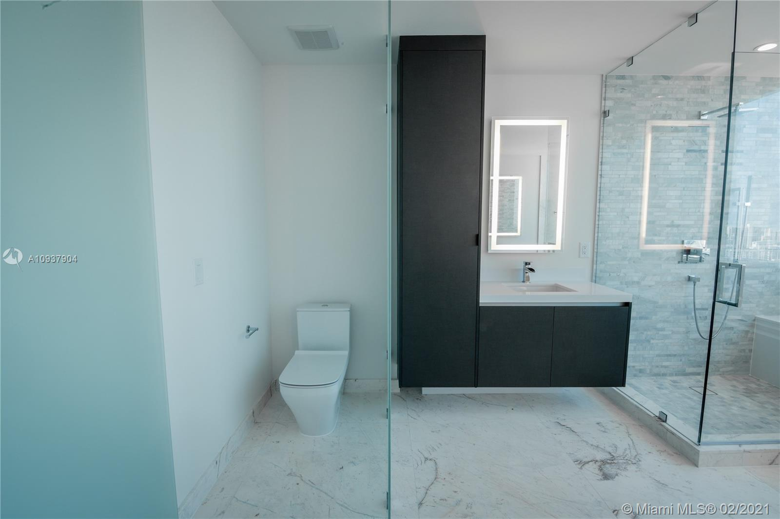 Photo of 851 NE 1st Ave #4411 listing for Sale
