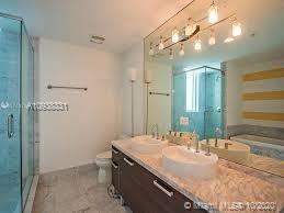 Photo of 253 NE 2nd St #609 listing for Sale