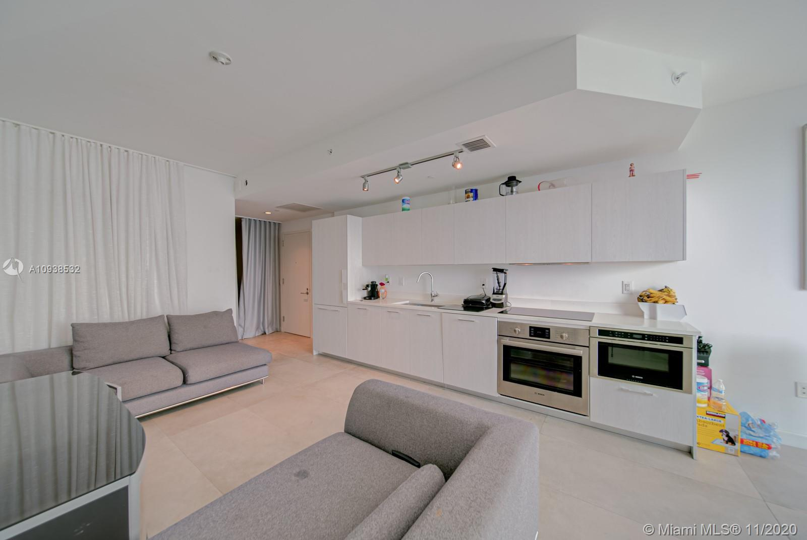 Photo of 501 NE 31st St #3807 listing for Sale