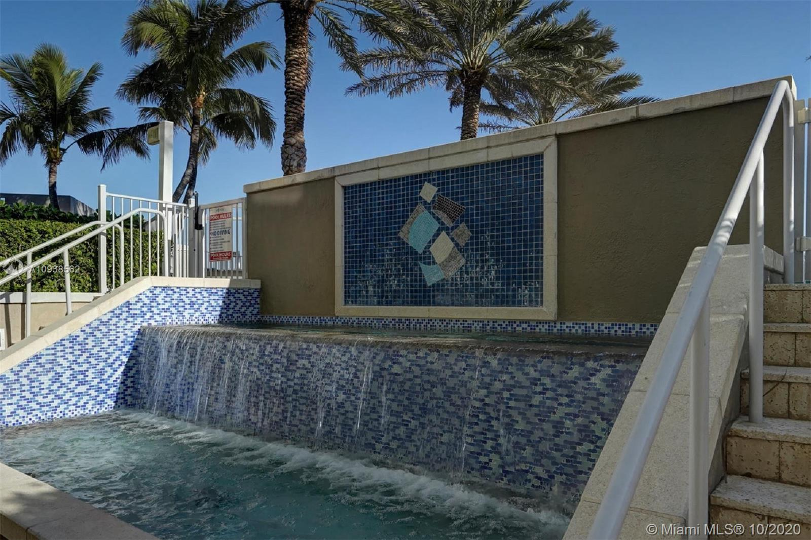 3801 Collins Ave #1104 photo032