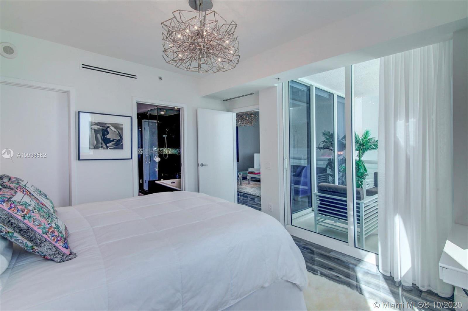 3801 Collins Ave #1104 photo018