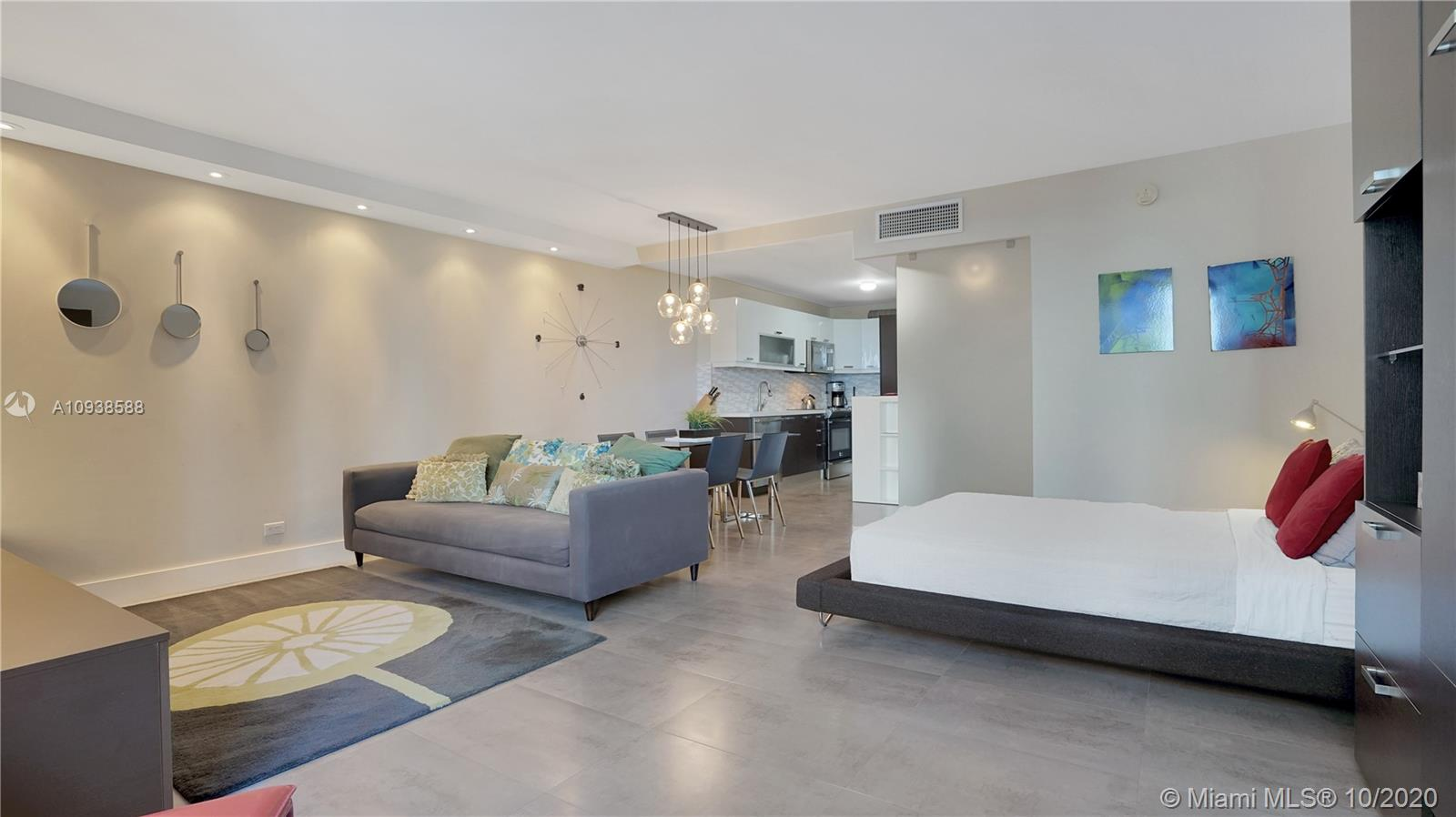 Photo of 2301 Collins Ave #723 listing for Sale