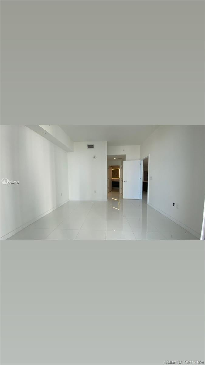 Photo of 851 NE 1st Ave #2207 listing for Sale
