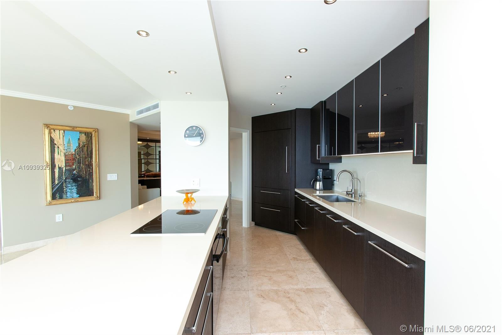 16400 Collins Ave #644 photo017