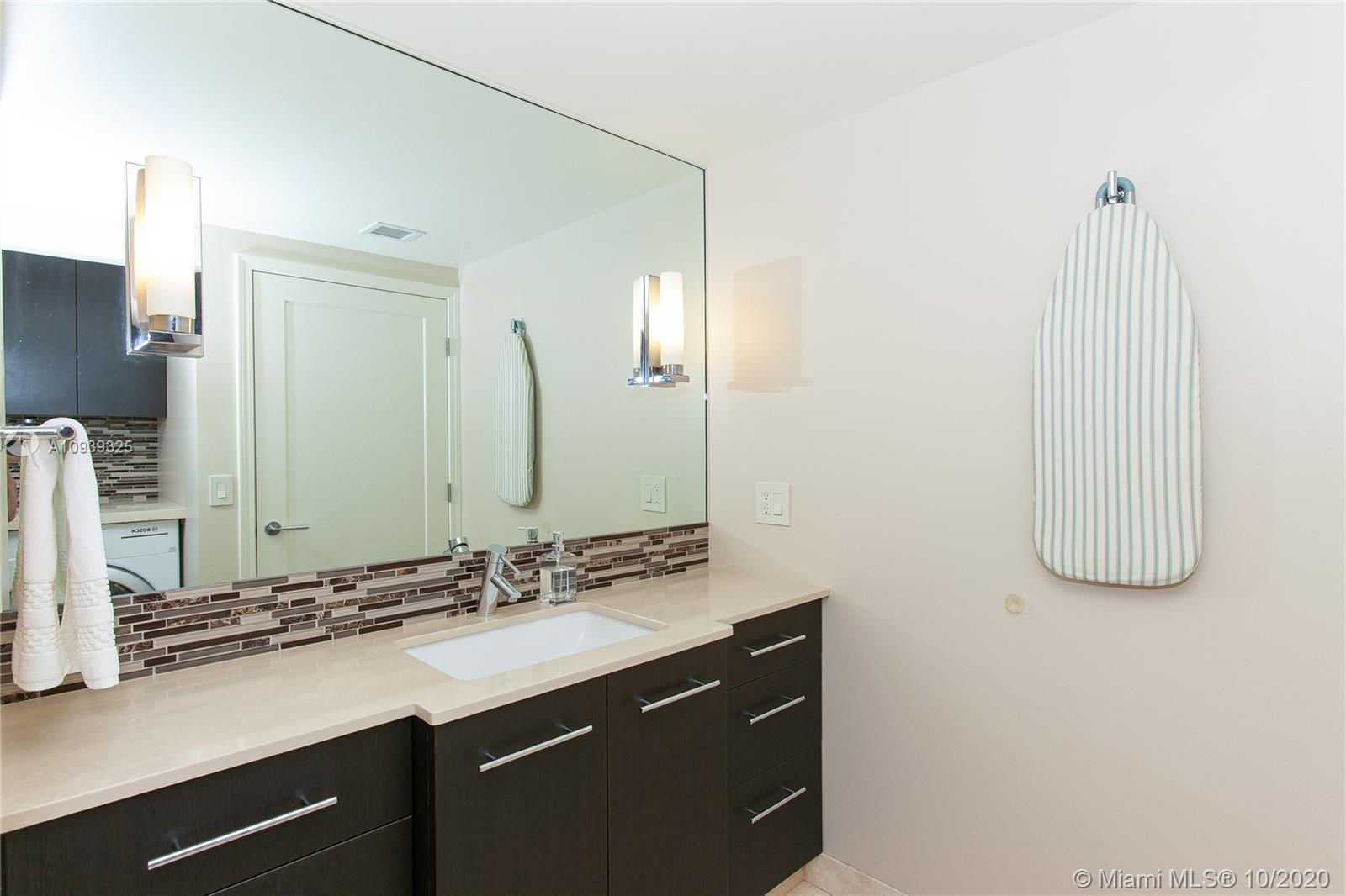 16400 Collins Ave #644 photo026