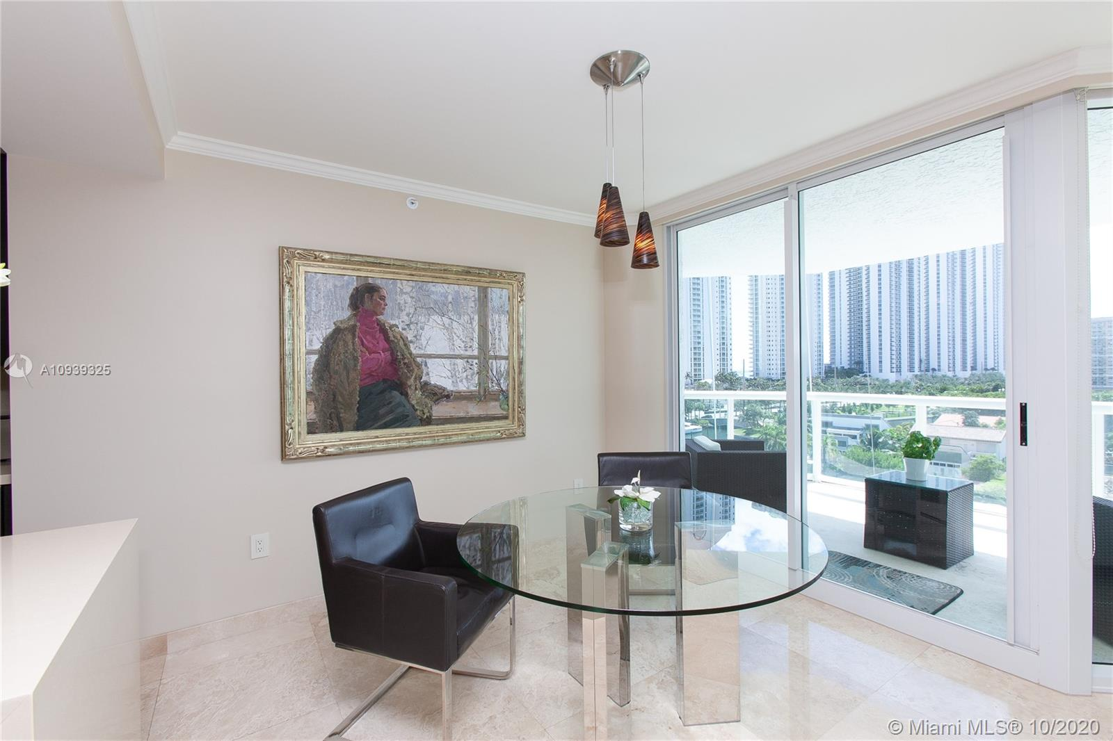 16400 Collins Ave #644 photo07
