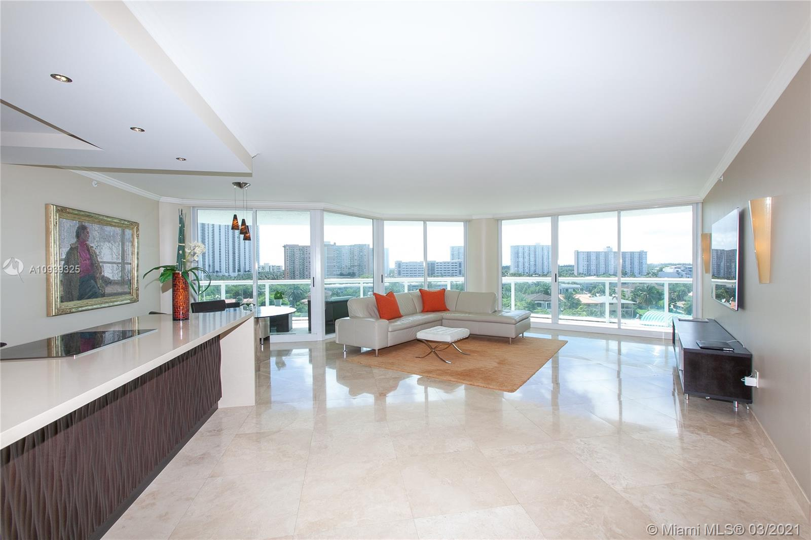 16400 Collins Ave #644 photo03