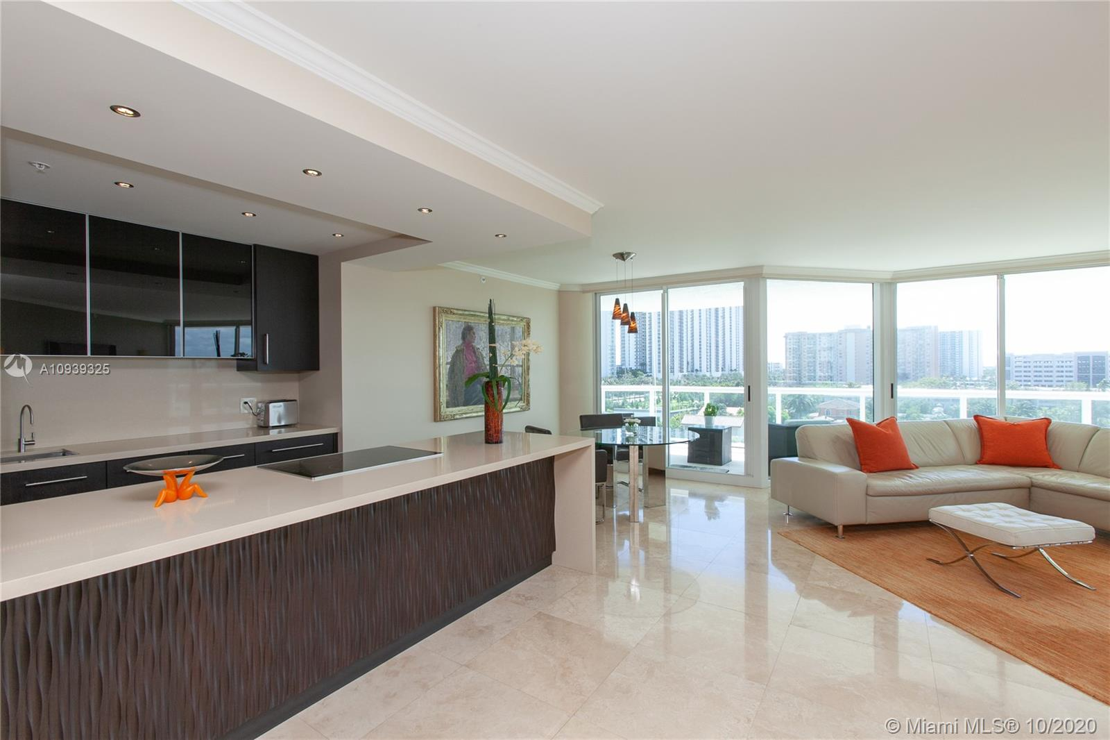 16400 Collins Ave #644 photo020