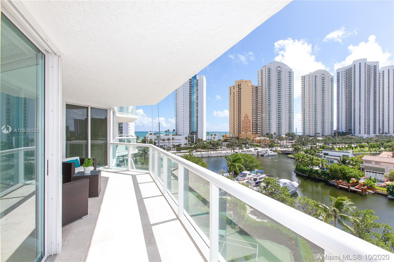 16400 Collins Ave #644 photo010