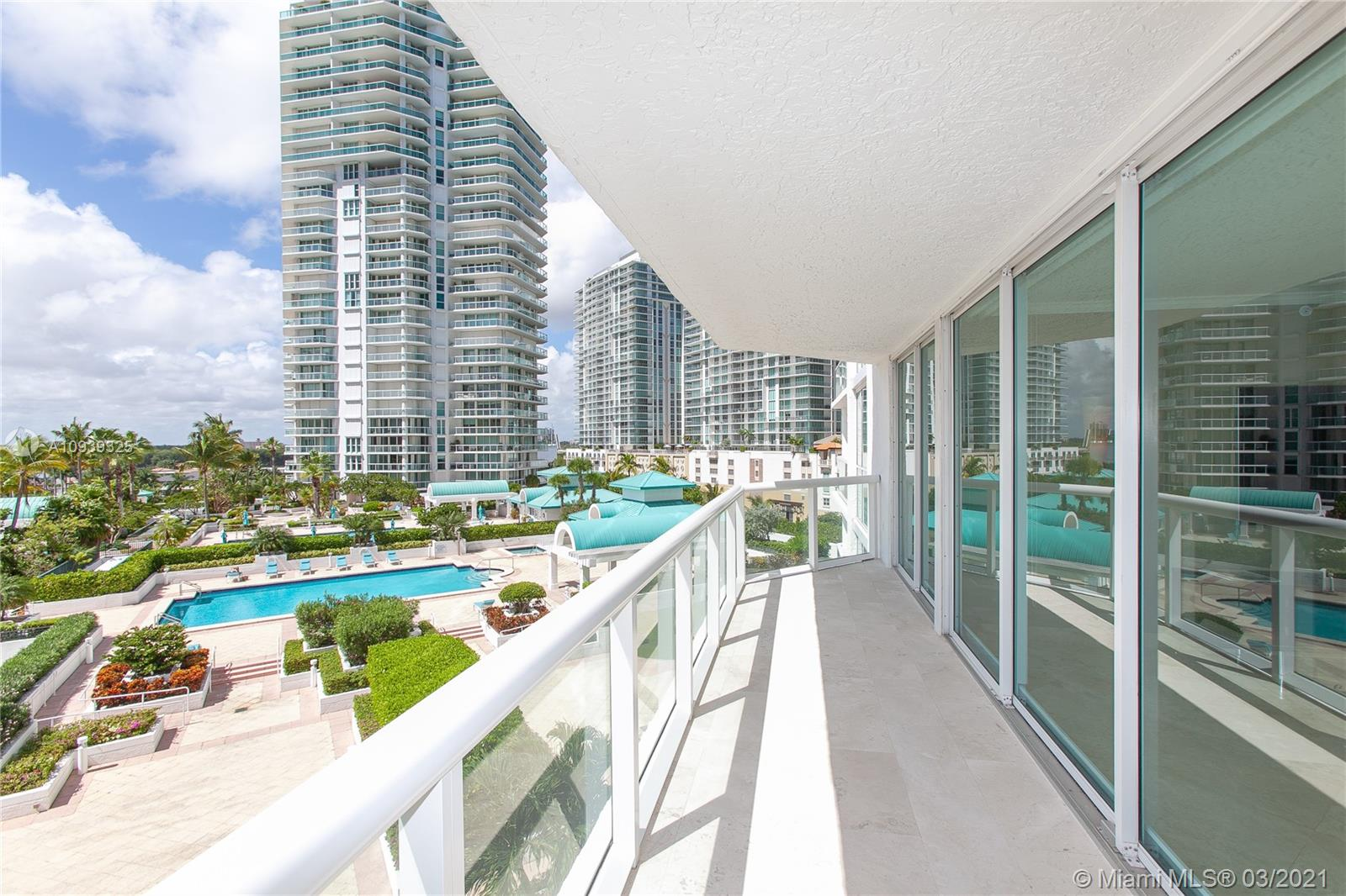 16400 Collins Ave #644 photo011