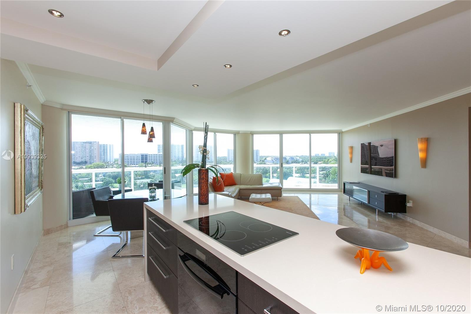16400 Collins Ave #644 photo019