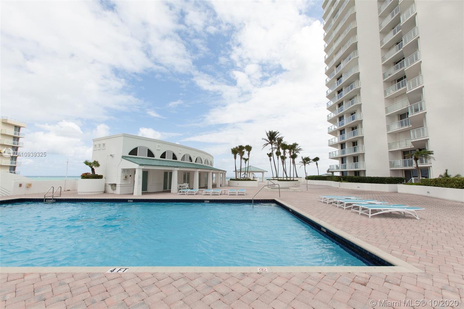 16400 Collins Ave #644 photo031