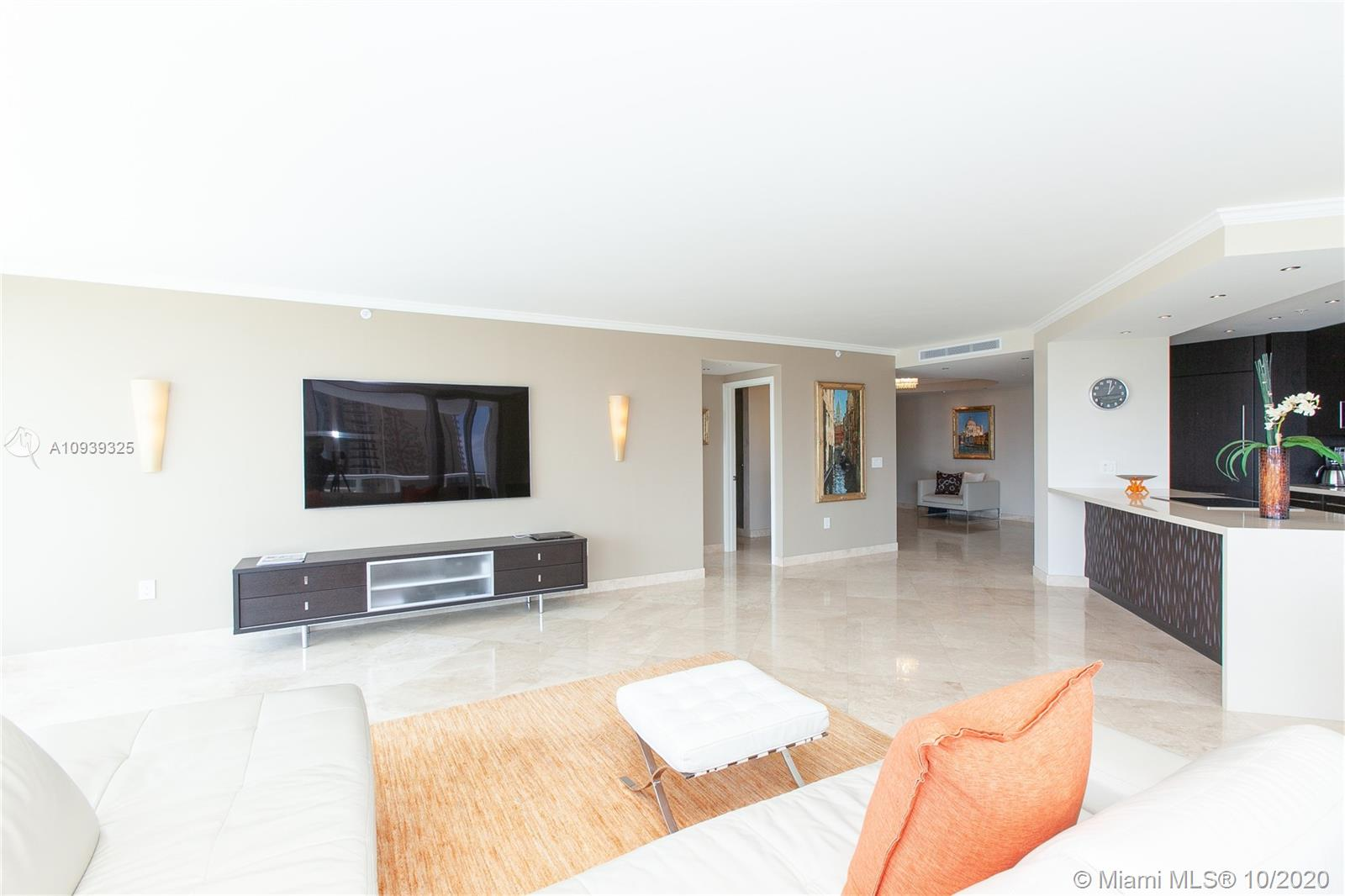 16400 Collins Ave #644 photo04