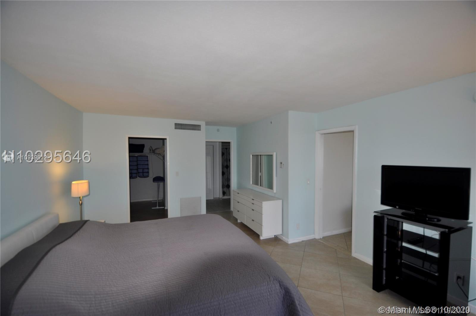 9195 Collins Avenue #506 photo016