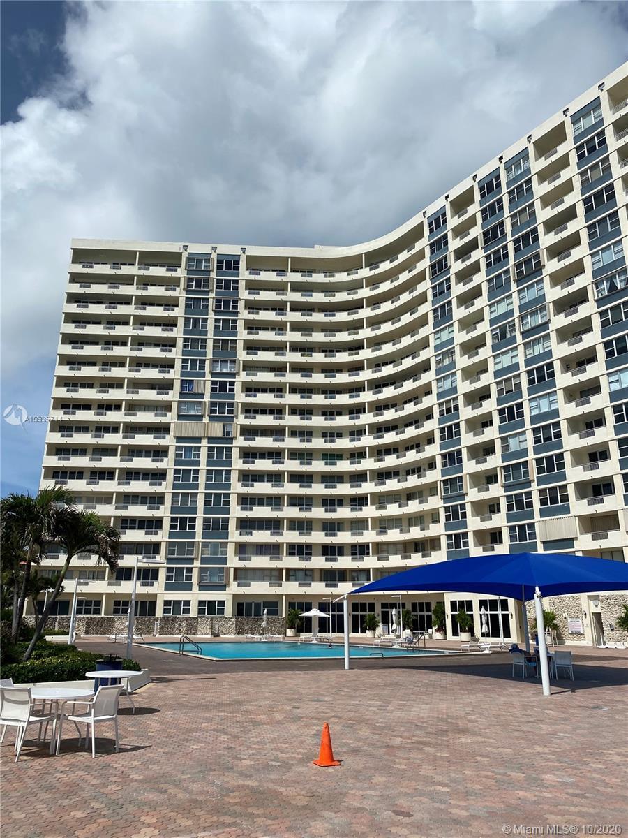 Parker Dorado #117 - 3180 S Ocean Dr #117, Hallandale Beach, FL 33009