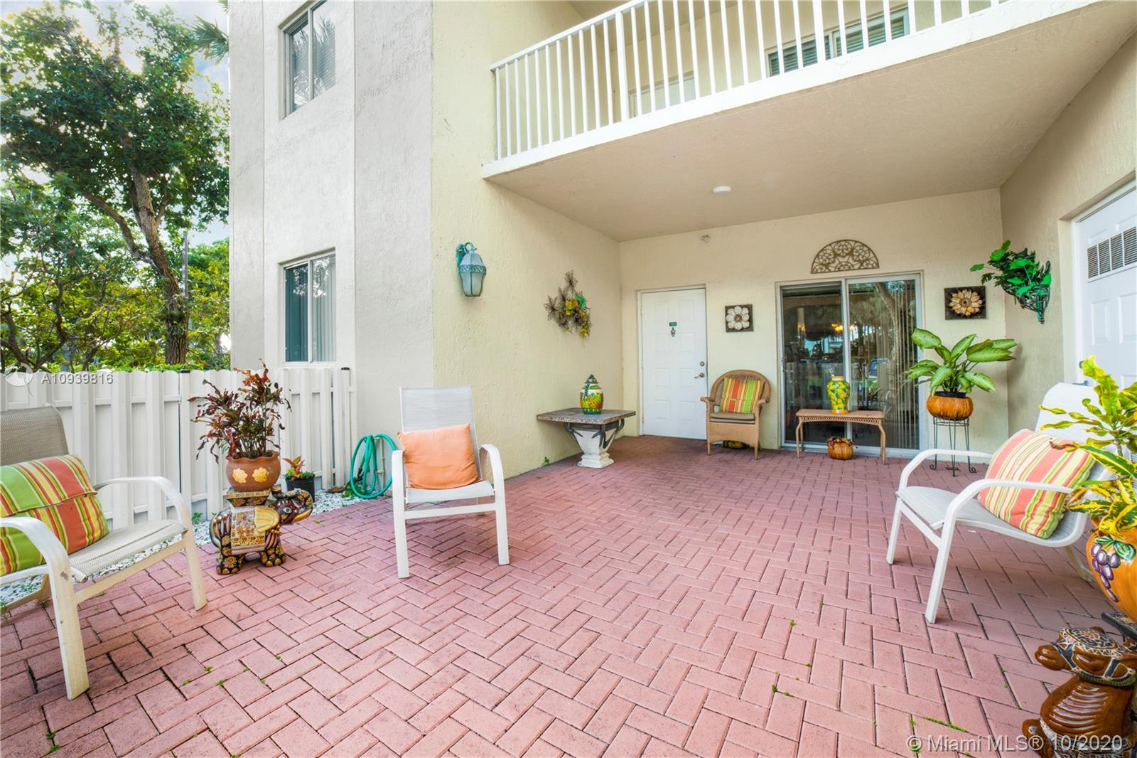 10770 NW 66th St #101 photo05