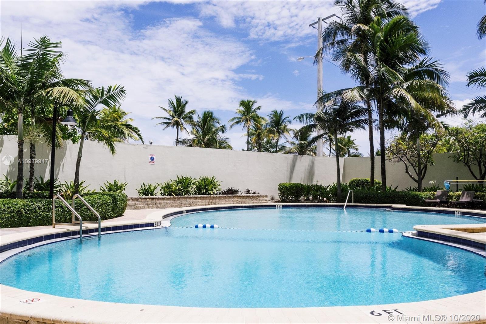 Ocean Reserve #1404 + DEN - 19370 Collins Ave #1404 + DEN, Sunny Isles Beach, FL 33160