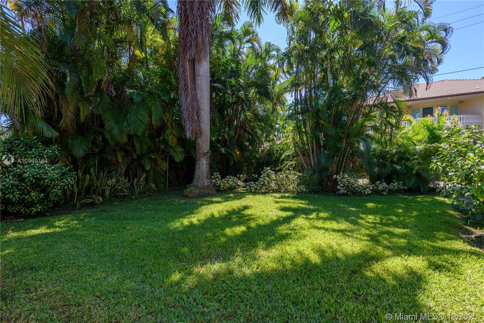 Photo of 1314 Buchanan St # listing for Sale