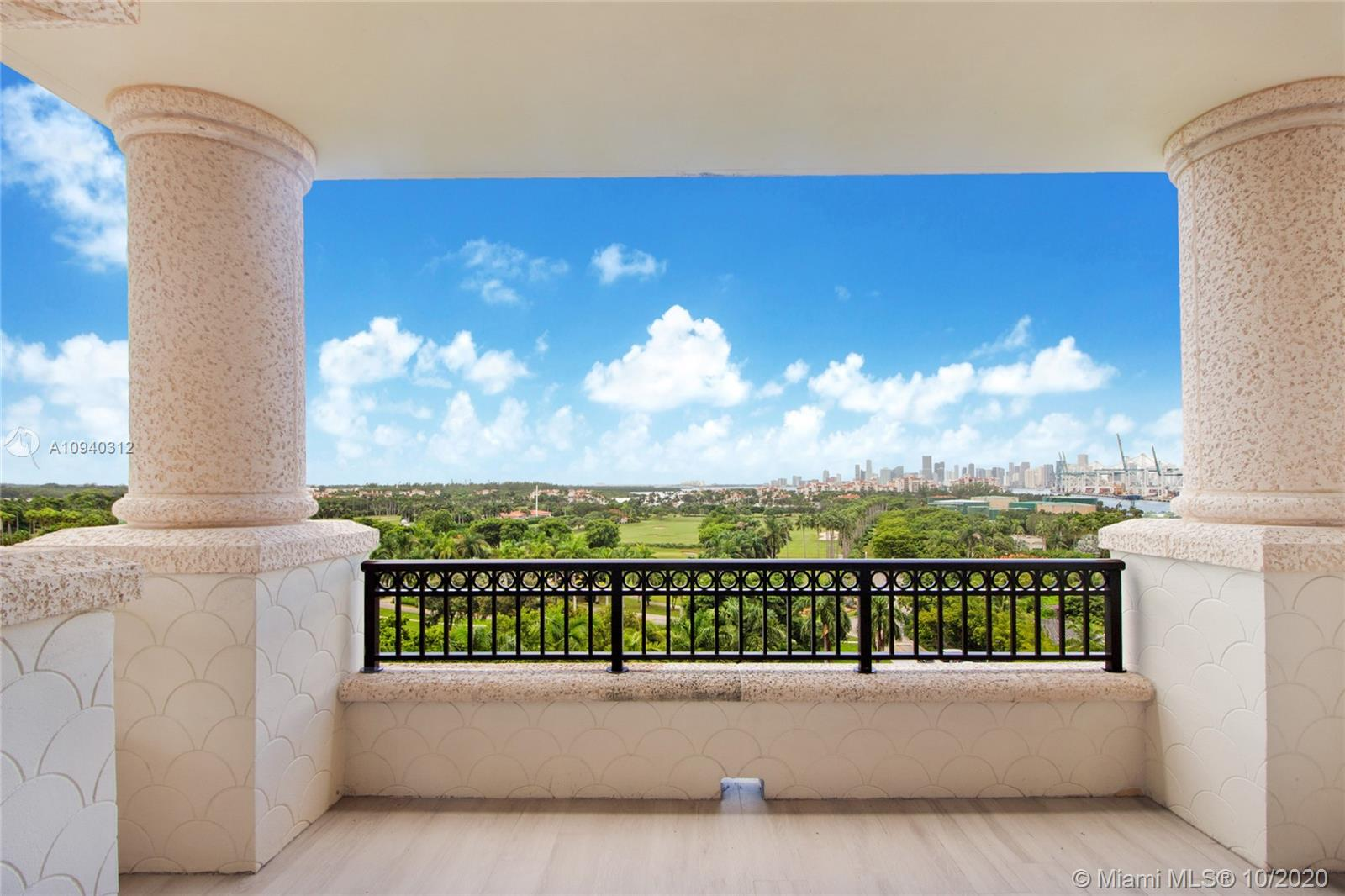 7085 Fisher Island Dr #7085 photo04