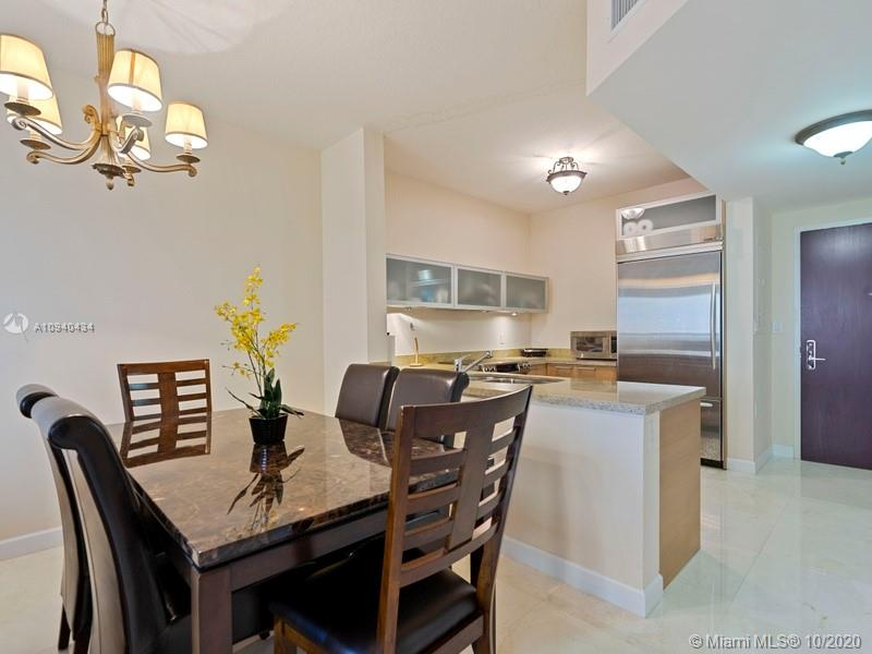 16275 Collins Ave #703 photo015