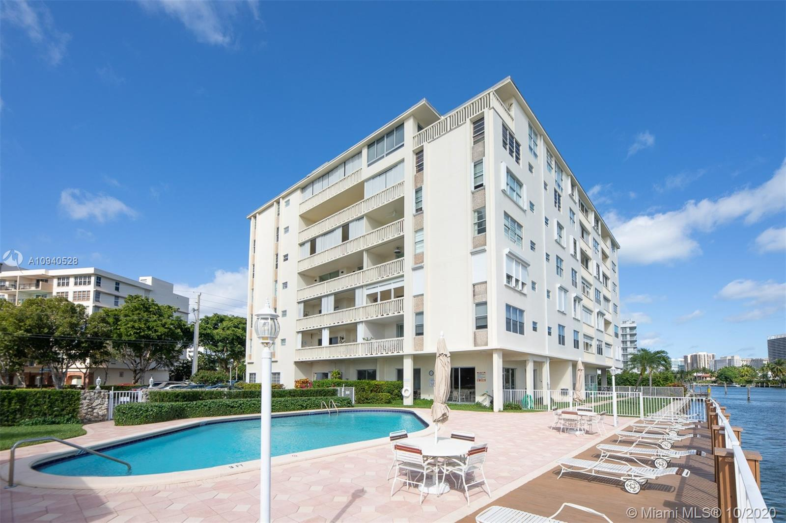 Photo of 9111 E Bay Harbor Dr 5A # listing for Sale