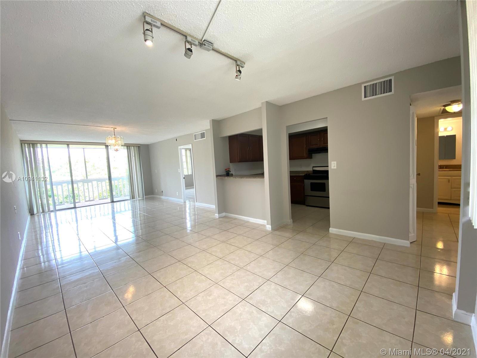 7031 Environ Blvd # 422, Lauderhill, Florida 33319, 2 Bedrooms Bedrooms, ,2 BathroomsBathrooms,Residential,For Sale,7031 Environ Blvd # 422,A10941132