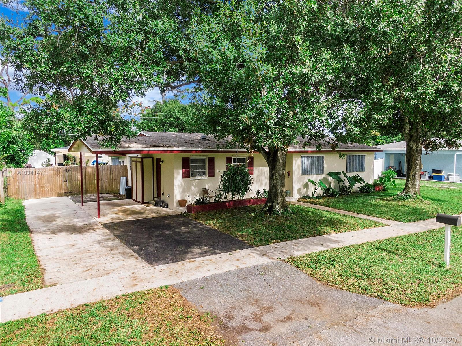 Property for sale at 1048 SW 47th Ave, Plantation,  Florida 33317