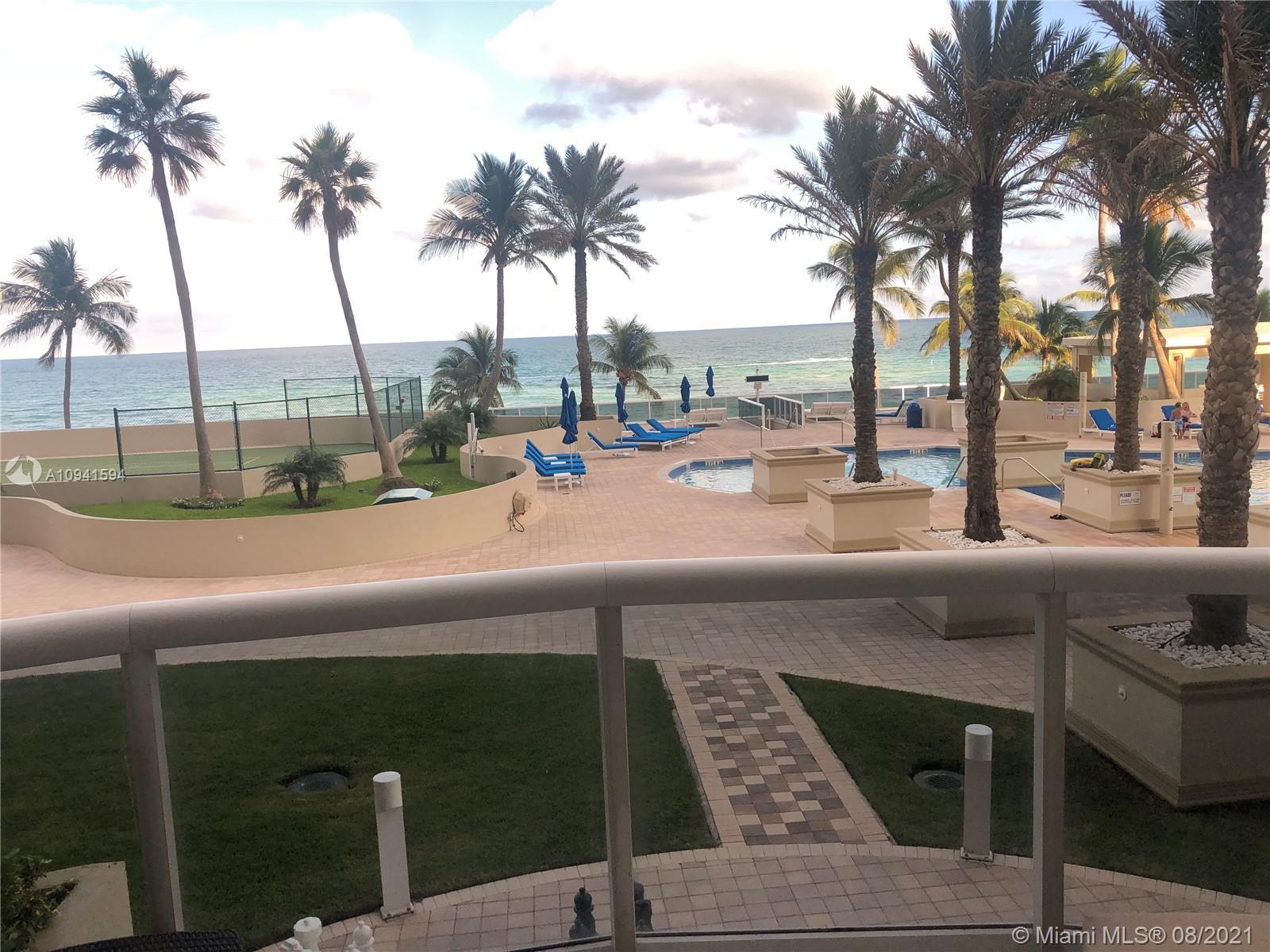 Pinnacle #305 - 17555 Collins Ave #305, Sunny Isles Beach, FL 33160