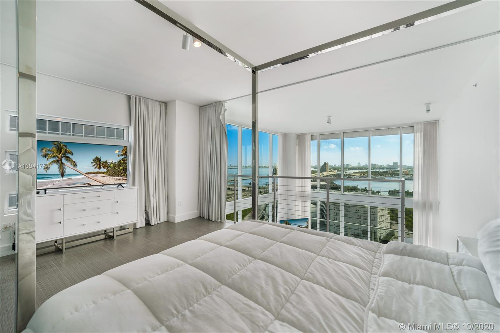 1040 Biscayne Blvd #1504 photo015