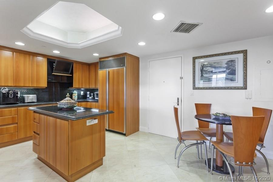 9559 Collins Ave #S4-G photo07