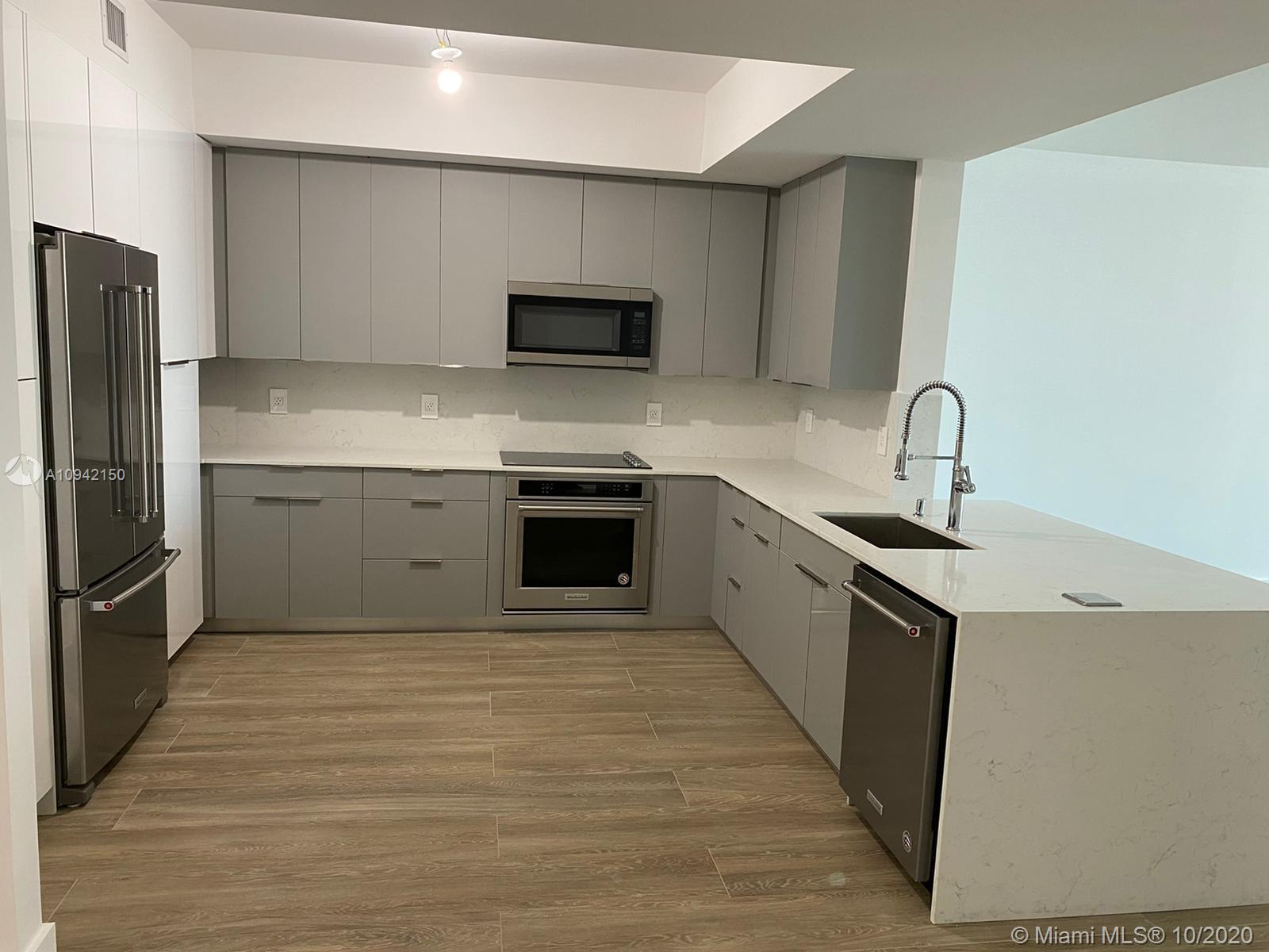 Photo of 3340 NE 190th St #707 listing for Sale