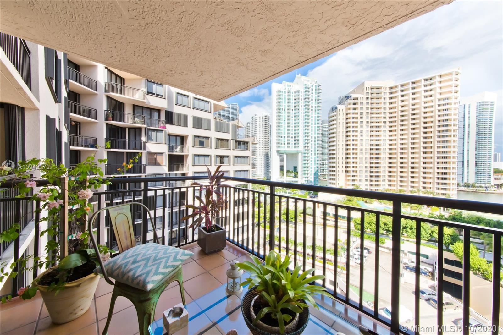 540 Brickell Key Dr #1514 photo09