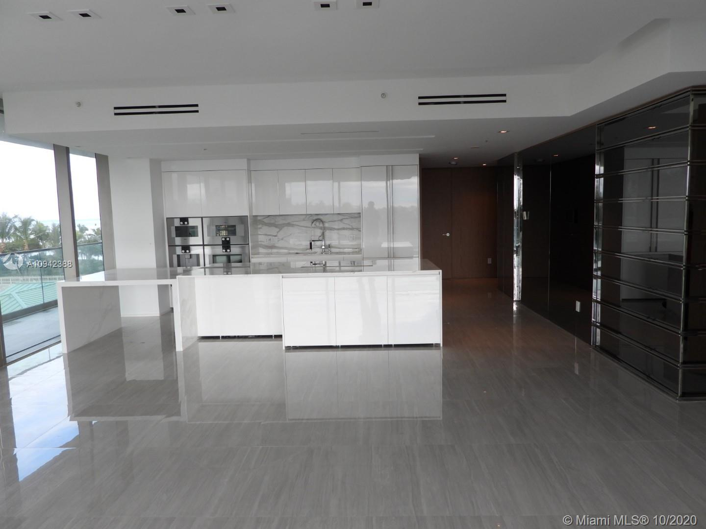 10203 Collins Ave #411 photo06
