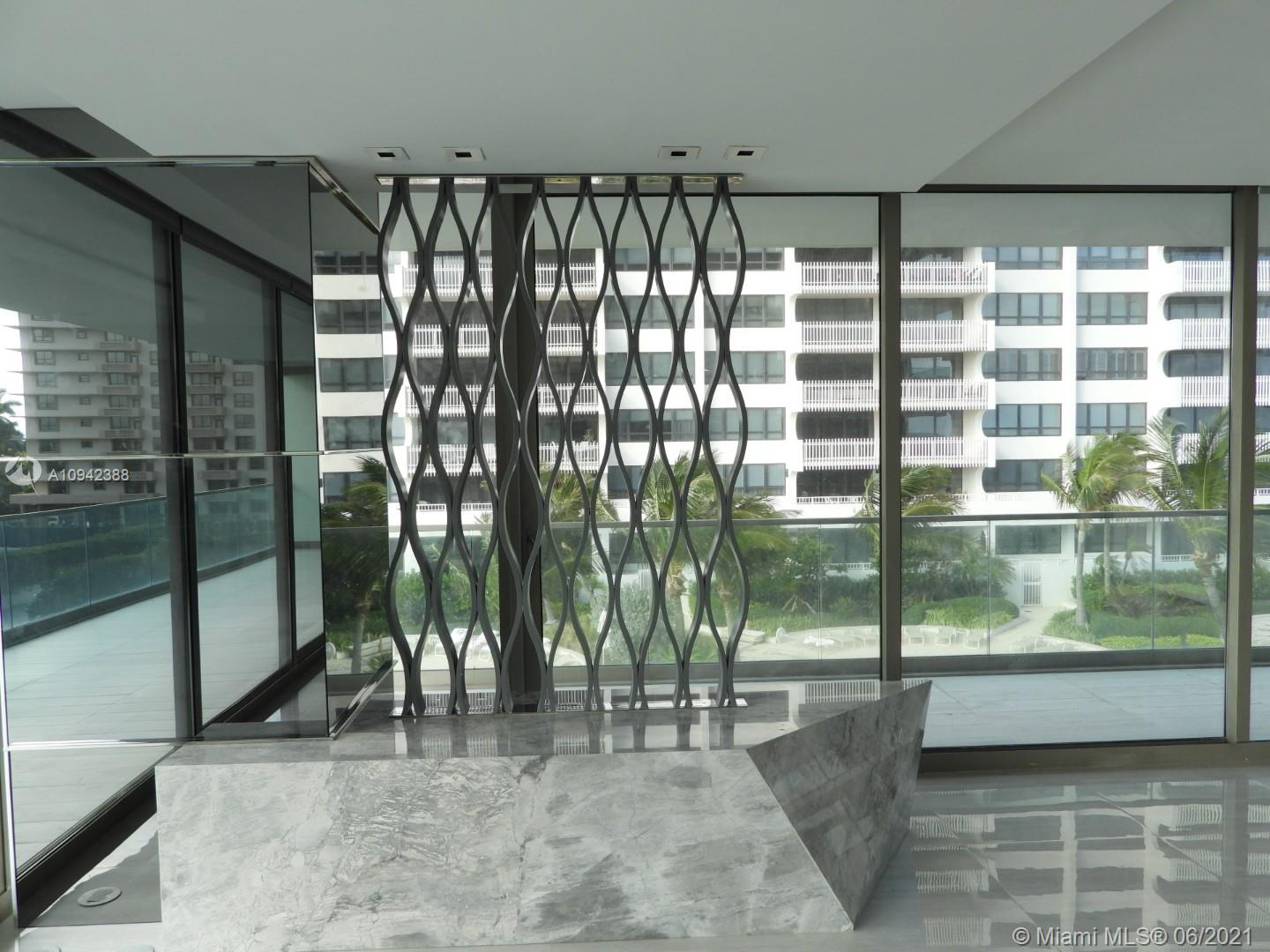 10203 Collins Ave #411 photo04