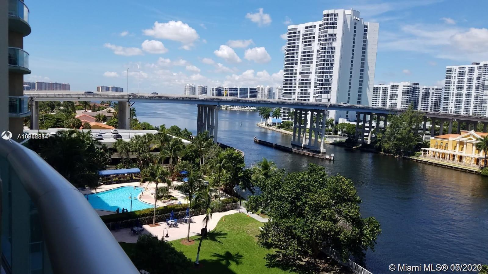 19390 Collins Ave #723 photo01