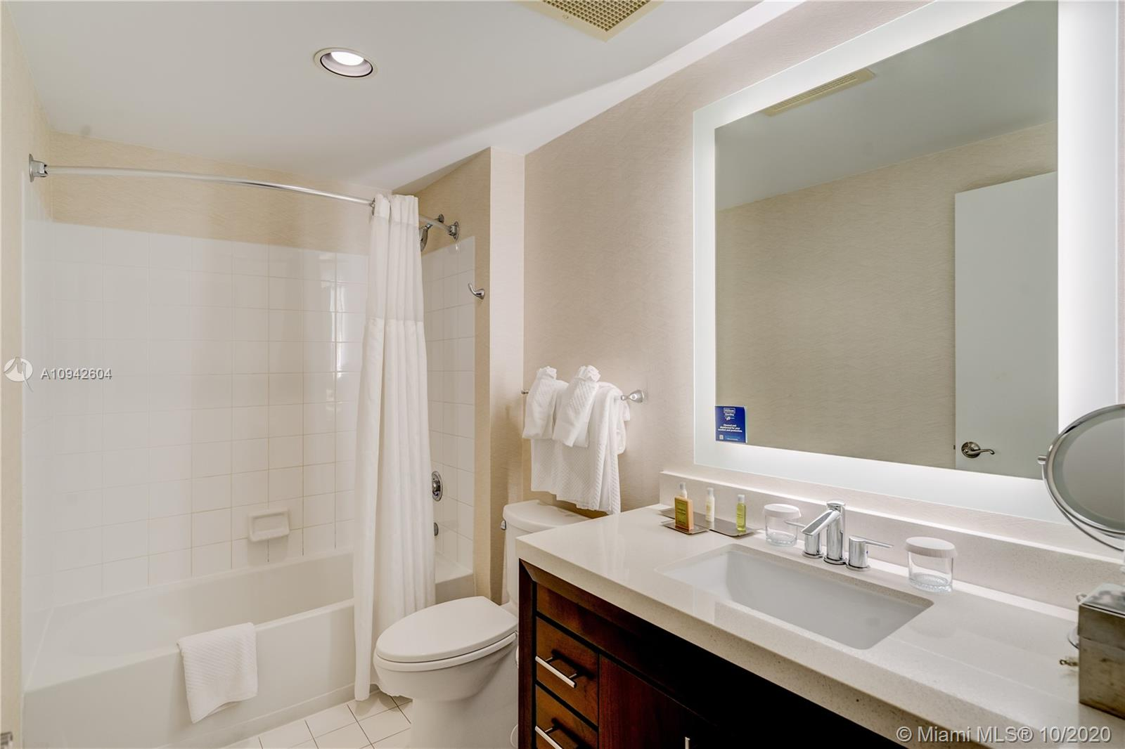 17375 Collins Ave #1208 photo010