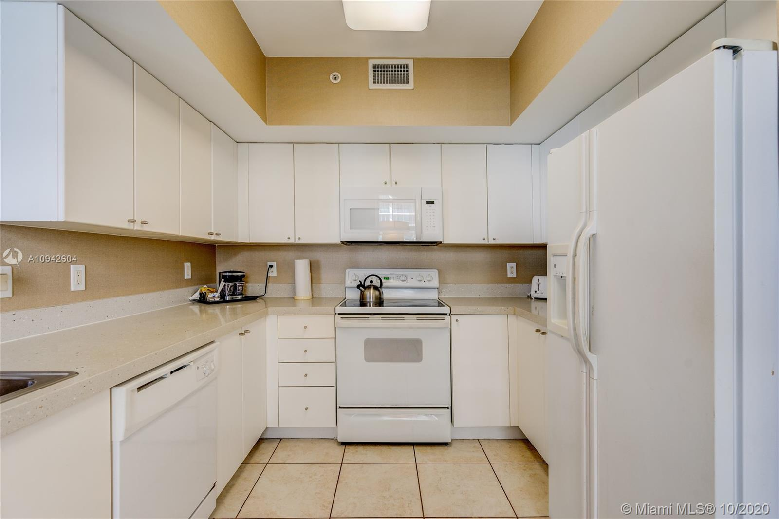 17375 Collins Ave #1208 photo011