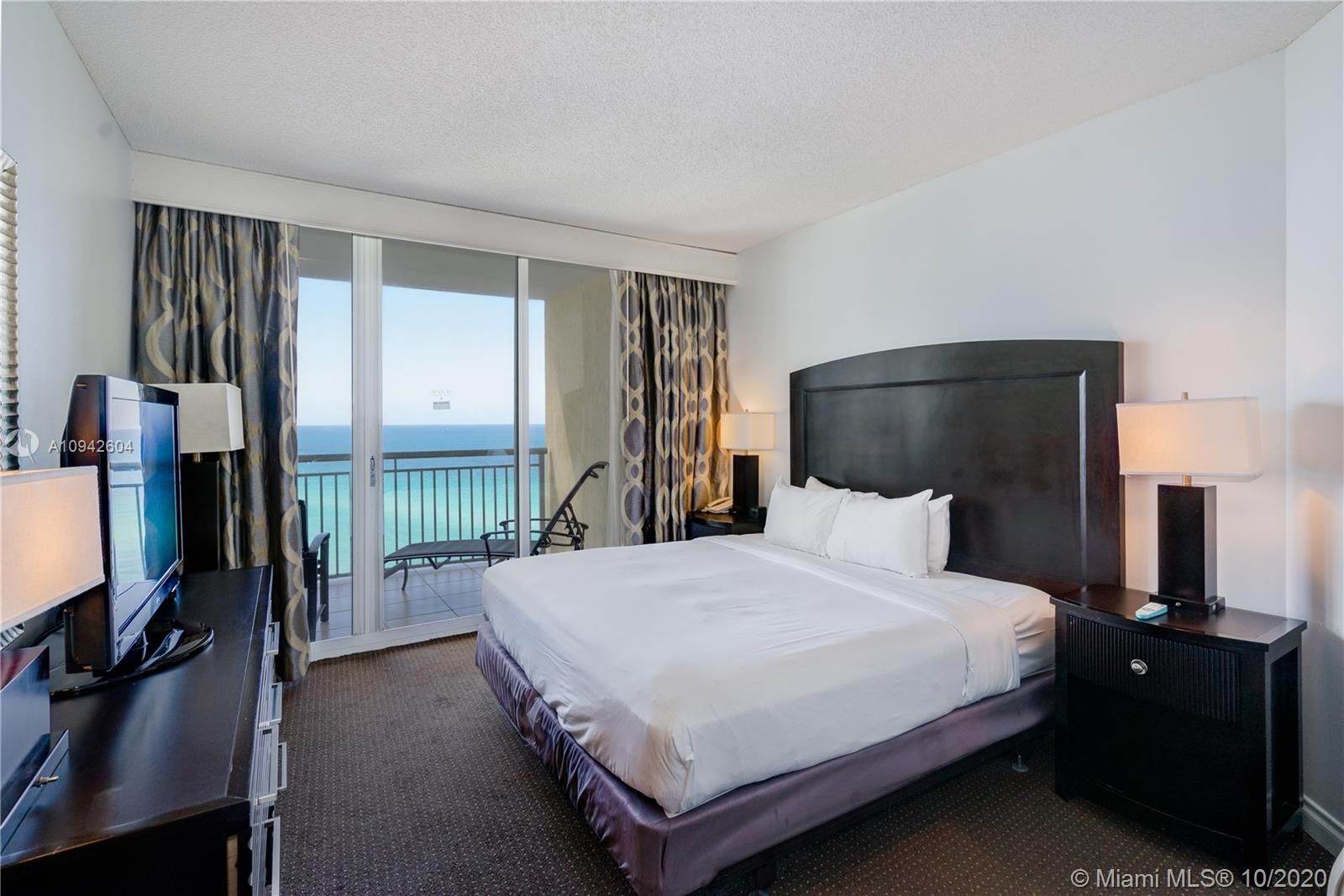 17375 Collins Ave #1208 photo04